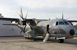Военно-транспортный самолёт C-295 разрешение 1200х795