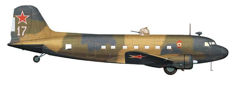 """Ли-2 """"борт 17"""" (зав. № 1849602) 12-го ГвАП ДД, на котором летчик Горбенко выполнил два вылета на бомбежку Хельсинки зимой 1944 г."""