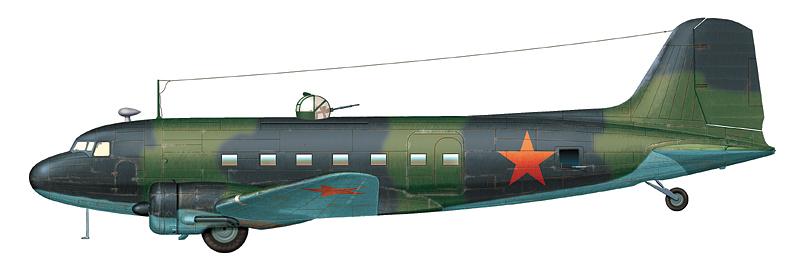 Ли-2 из состава Отдельной смешанной авиагруппы, принимавший участие в доставке грузов в осажденный Ленинград. Аэродром Хвойное, октябрь 1941 г.
